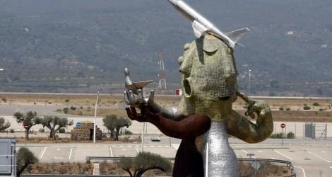 """El autor de la escultura del aeropuerto de Castellón, no tiene que justificar """"absolutamente nada"""""""